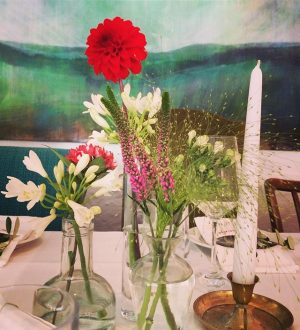 Wie gemalt..🌸💐🌻🌺🌹 #hochzeit #hochzeitsdeko #weddingday #stadtfluchtbergmühleinvollerpracht #blumeninvielenfarben