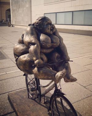 I'm not fat, I'm big boned #vienna #interrail #leopold #art #sculpture Leopold Museum