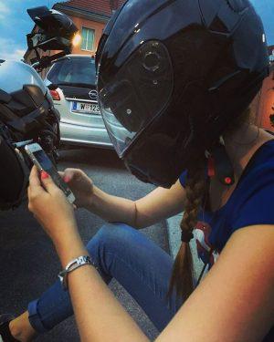 #pokemongo #hardcorepokemongo #pokemongolife #wildestaubsi #schutzvorangriffen #cause #livingontheedge #youneverknow #motorrad #süchtln #zocken #zockergirl #braid 😂🏍