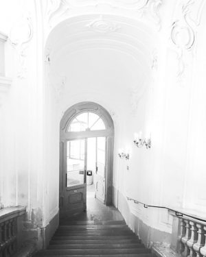 #ImAmt. #heute: #wayout ➡️ #Amalienburg #Hofburg #Bundespressedienst #exit #entrance #Treppe #Stiege #leaving for #afterwork activities #Feierabend #Alexanderstiege...