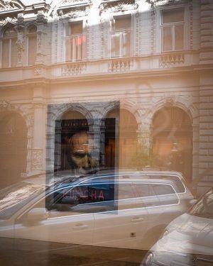 #curatedby #clinteastwood Kerstin Engholm Galerie