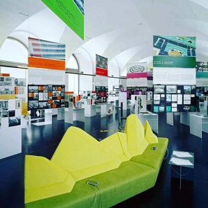 The combination guided tour (in German!) on 28.10. starts with the Az W exhibition