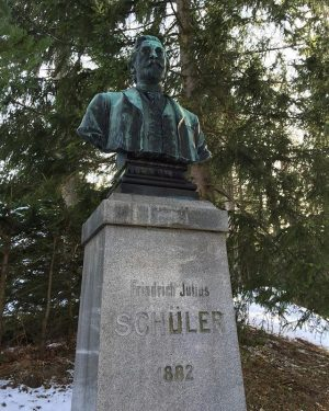 Friedrich Julius Schüler was the General Manager of the K. u.k. priviliged Suedbahngesellschaft, which opened the #südbahnhotel...
