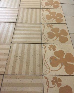 #südbahnhotel #original #floortiles #hotelcorridor #suedbahnhotel #sudbahnhotel #semmering #austria #history #vintagestyle #floor #tiles #design #hotel #grandhotel #palacehotel #colours...
