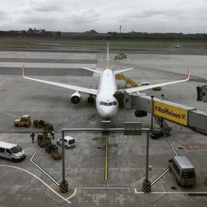 Austrian Airlines Flt 87, Wein to JFK 9 1/5 hours to go. 🇦🇹 >>> 🇺🇸 Flughafen Wien...