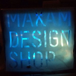 #langenachtdermuseen #makdesignshop #latenightshopping we are open untill 1a.m. tonight. Free admission to the shop as usual!