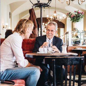 Besuch im Cafe Eiles – um Danke zu sagen! 👍 Eiles-Chef Gert Kunze hat in seinem Kaffeehaus...