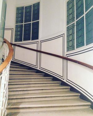 #stiegenhaus #vienna #wien #galeriehilger Galerie Ernst Hilger