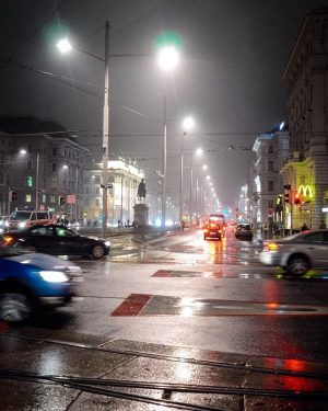 From #fog to #drizzle Schwarzenbergplatz
