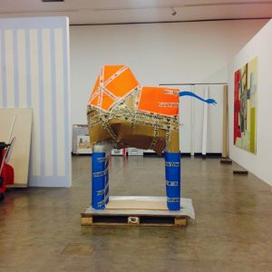 The Trojan-art-horse on it's way back home. #Deinstalling Nathalie #DuPasquier #Arthandlers Kunsthalle Wien