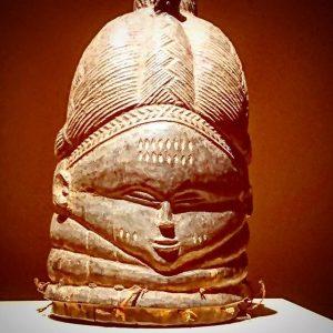 African art. My friend here asleep. #africanart #LeopoldMuseum #Austria #Viennacity #MuseumQuarter #Mustsee #Afrika #Africanmasks #Ritualmasks Leopold Museum