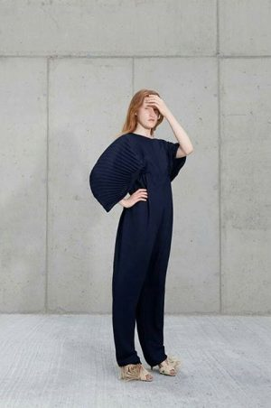 Also at #ReFashioningAustria- @natures_of_conflict use fashion as a means for exploring issues related to the self and...
