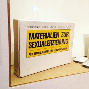 man braucht nur das material. #lol #sexinwien #wienmuseum #vienna #art