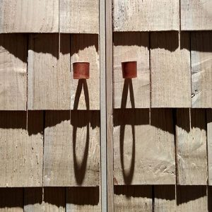 #detail des Schrankes 'Shake' von Sebastian Cox, aktuell zu sehen in der Ausstellung #handWERK. Tradiertes Können in...