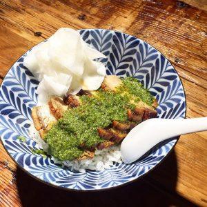 🍲Crispy Pork Belly Don || Yuzu Chimichurri🍲 #lunchspecial #welovefood #welovetoserve #eeeeeats #weloveourjob #ilovemochi MOCHI
