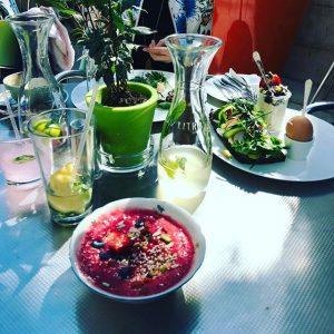 #brunch #Vienna #smoothiebowl #notquitewhatiexpected MQ – MuseumsQuartier Wien