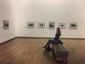обдумываю, сколько мемов на форче я успела пропустить, пока сидела без интернета Leopold Museum