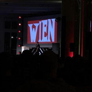 @eikekoenig in #vienna @forwardfestivals MAK - Austrian Museum of Applied Arts / Contemporary Art