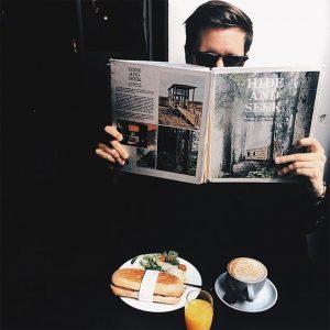 hide and seek 🙈#hideandseek #phil #viennanow #viennacity #kaffeehausblogger #melancholy #melange #coffee #instagay #igers #igervienna #vscolover #vienna #austria...