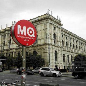 Művelődjünk!👓🔬📚🌍 #rámfér #Wien #Vienna #mik #naturalhistorymusuem #museumsquartier #museum #willendorf #venus #travel #VCM2017 #Secession #endoftheworld #science MQ –...