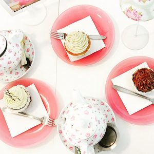 #viennalove #cupcakes #grünteemitrose #entspanntwieimmer MQ – MuseumsQuartier Wien