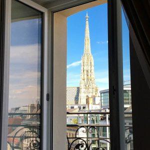 Vienna on your doorstep 👣#hotelambassadorvienna #theplacetobe #followus Hotel Ambassador Vienna