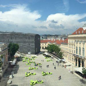 Artsy Sunday...🙋🏽 #viennadays #museumsquartierwien MQ – MuseumsQuartier Wien