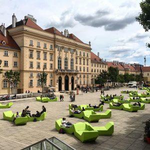 Museums Quartier Viena #wien #austria #museumsquartier MQ – MuseumsQuartier Wien