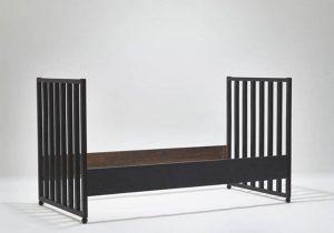 😴😴😴 #josefhoffmann #design #bed #MAKvienna #MAK #MAKwien #architecture #architektur #design #designmuseum #wien #vienna #appliedarts #museum #museumstagram #jugendstil...