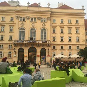 Bock auf Kultur? #discoverMQ #placetobe #letsmeetagain #togetherness #vienna #summerinthecity MQ – MuseumsQuartier Wien