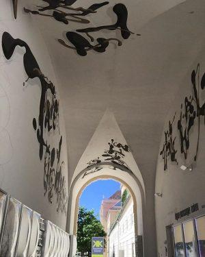 #MQ entrance #graffiti#streetart#art#sprayart#urban#urbanart#avusturya#österreich#austria#viyana#wien#vienna#museumsquartier#picoftheday#pictureoftheday#sunny#day#viennastreetart#viennaart#viennagraffiti . . . @mqwien MQ – MuseumsQuartier Wien