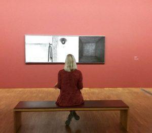 Kritik... . #wien #eduardAngeli #albertina #art #kunstgalerie #galeria #artgallery #painting #vienna #static #quite #room #composition Albertina Museum
