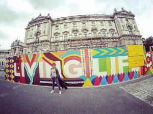 Living life in Vienna. #fiftyshadesofgrey #seriouslyhowmuchgreyamIwearing #MacsDoEuro #10years Vienna, Austria