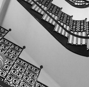 Filigrane Baukunst #architecture #austria #vienna #art #wien #lovemylife #interiordesign #bestlife #design #interiordesign #architecturephotography #photography Motel One Wien-Staatsoper