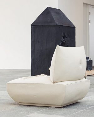 With Erwin Wurm, the Viennese 21er Haus currently presents one of the most important protagonists of Austrian...