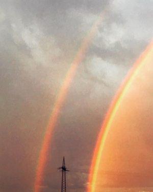 Rainbow Magic #now #ontheroad #rainbow #magic #natureatitsbest #doublerainbow #burningsky #sunday #diewaldschuetzens #whoop