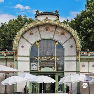 Die alte Stadtbahnstation Karlsplatz - heute der Otto Wagner Pavillon mit einem Café 🚃☕️#karlsplatz#vienna#wien#stadtbahn#ubahn#travel#ottowagner#museum#jugendstil#austria#architecture#pavillon#sunnyday#café#gold#citytrip#beautiful#welovewhatwedo#whatchado Karlsplatz