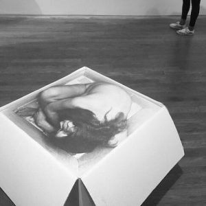 Die Künstlerin Kirsten Justesen ist mir bereits bei der Berlin Galerie Week 2016 begegnet und hat mich...