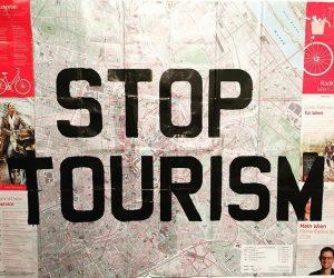 #stoptourism #artornot #vienna #wien #museumsquartier #mq MQ – MuseumsQuartier Wien
