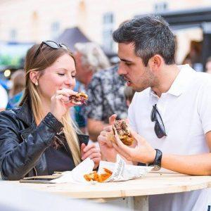 'Taste it' 'yummmmmm' 😍😍😍 #foodfestivalvienna #foodie #foodvie #mqwien #foodvienna #igersvienna #foodstagram #picoftheday #couple #love #foodlover