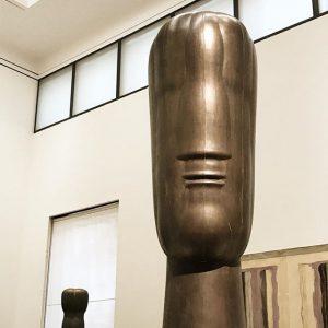 POKER FACE. Bust by Joannis Avramadis. Leopold Museum