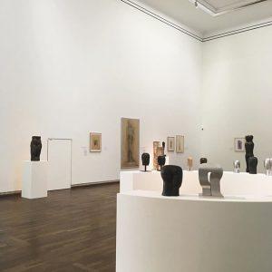 04.07.17 | #johannisavramidis | #sculptures | @leopold_museum Leopold Museum