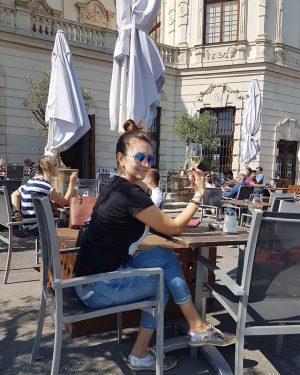 И по сложившейся предмузейной традиции... #belvederemuseum #belvedere #vienna #austria #бельведер #счастье Belvedere Museum