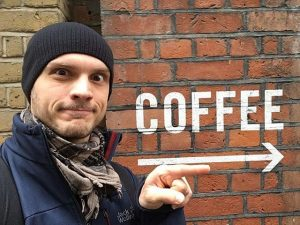 You don' t find the right way ❓ ➡this way please #wienerroesthaus #barista #trainer #michael #bestcoffeemaker #baristatrainer...