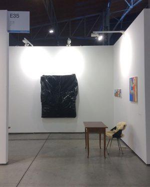 good morning with a partial view of Vin Vin booth, E35 #viennacontemporary #vinvin #contemporary #contemporaryart #art #artist...