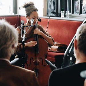 Mela bei unserem Musiksalon am vergangenen Sonntag. Wow! #rien #rienammichaelerplatz #rienvienna #derien #rienna #friendshipisontheway #vienna #1010 #sokannwien...