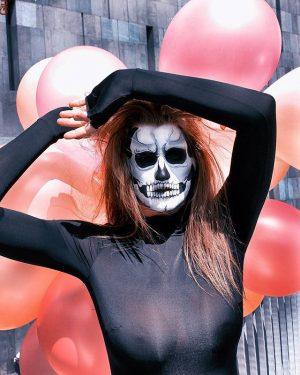 -helloweenstory lll- @sabrina_vanderwoodsen #helloween #airbrushart #airbrushmakeup #mq #vienna #unitedsedcards #igersaustria #igersvienna #art #contemporaryart #artsy #portrait #face #giuliettadelconte...