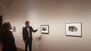 #WalterMoser: #RobertFrank gelingt damit eine der einflussreichsten Foto-Arbeiten der Nachkriegszeit.…