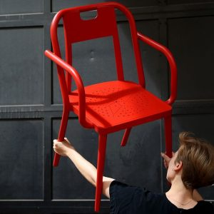 KUNSTHALLE WIEN CHAIR:  Kunsthalle Wien had a need for a conference chair. A chair was developped for...
