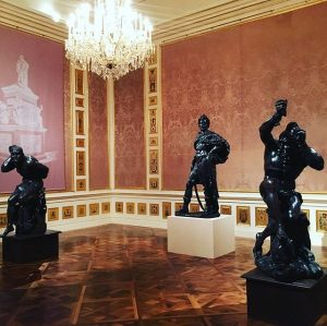 #throwback #instawalk #winterpalais #igersaustria #art #culture #palais #statues #fromwhereistand #collectmomentsnotthings @belvederemuseum @igersaustria.at Winter Palace of Prince Eugene